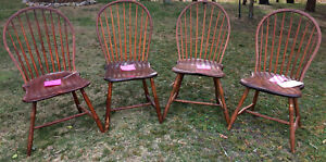 Set Of 4 Antique 19th Century American Windsor Wood Chairs