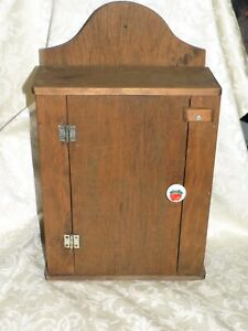 Primitive Wood Wall Cupboard Cabinet Apple Handle Farmhouse Chic 18
