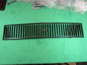 Mg Mgb 70 72 Black Grille Insert Very Nice Original