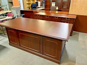 Executive Set Desk Credenza By Kimball Office Furniture In Cherry Wood