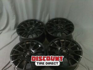 4 Used 18x8 5 114 30 32 Offset Bk Motegi Mr118 Wheels rims
