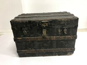 Vintage Steamer Trunk W Tray Insert Industrial Wood Chest Coffee Table Toy Box