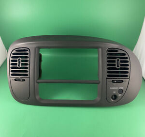 1997 2002 Ford F150 Expedition Bezel Dash Insert Trim Gray
