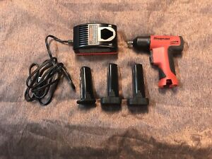 Snap On Ct596 9 6v 3 8 Drive Cordless Impact Wrench 3 Batteries Charger
