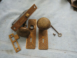 Antique Eastlake Victorian Decorated Bronze Door Knob Set W Mortise Lock