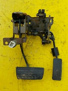 88 91 Honda Prelude Brake Gas Pedal Complete Assembly W Mount Automatic Oem