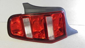 2010 2012 10 12 Ford Mustang Driver Side Tail Light Lamp Oem Lkq