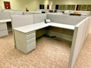 6 X 6 X 44 h Cubicle Stations Partitions System By Haworth Unigroup In Gray