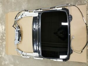 2001 2005 Honda Civic Coupe 2dr Sunroof Assembly Complete With Track