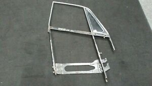 Rover 2000 Tc P6 1963 1970 Front Right Chrome Door Frame Qtr Window Glass