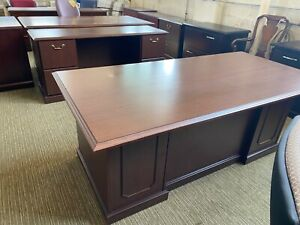 Executive Desk Credenza Set By Kimball Office Furniture In Mahogany Laminate