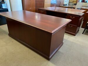 Executive Desk Credenza Set By Steelcase Office Furniture In Mahogany Wood