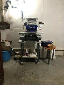Avance Embroidery Machine 1501c Accessories Excellent Condition