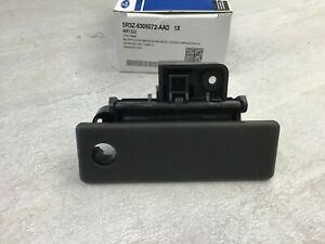 2005 2009 Ford Mustang Oem Glove Box Latch Lock 5r3z 6306072 aad