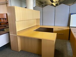 Executive U shape Desk By Geiger Office Furniture In Maple Finish Wood veneer