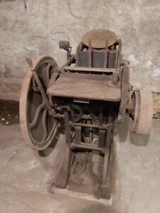 Old Style Chandler And Price Letterpress Press