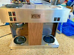 Bunn Vps W g Pour O Matic Commercial Coffee Brewer Station W Warmers