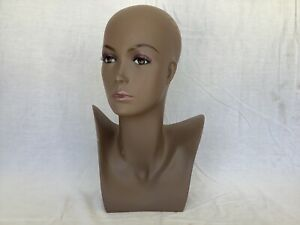 Female Mannequin Display Head Form Bust Makeup No Hair Excellent Condition A