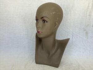 Female Mannequin Display Head Form Bust Makeup No Hair Excellent Condition D
