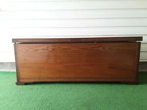 Vintage Dark Wood Blanket Chest 50 X 17 5 X 19