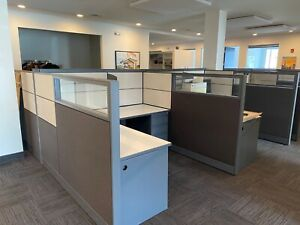 Cubicle partition System By Global Evolve W Glass