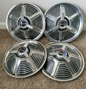 Used Set Of 4 Ford Mustang 1965 14 Spinner Hubcaps C5zz 1130 r