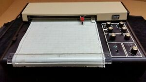 Vintage Linear Model 0585 Table Top Chart Recorder Plotter 1799