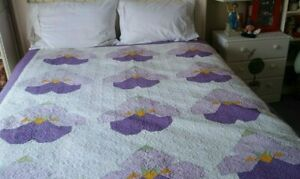 Vintage Handmade Purple Gold White Cotton Fabric Queen Size Quilt 88 By 70