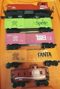 Lionel Coca-Cola Train Set Switcher engine three boxcars and caboose O gauge