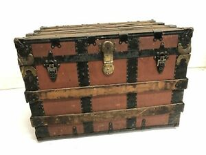 Vintage Steamer Trunk Storage Chest Antique Wood Box Coffee Table Distressed