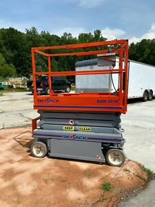 Skyjack 3219 19ft Electric Scissor Lift Reconditioned