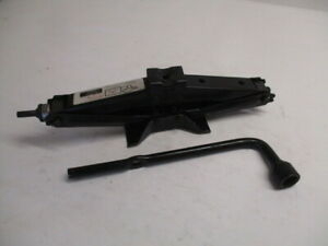 1998 1999 2000 2001 2002 Honda Accord Wheel Tire Jack Assembly W Tool Oem Lkq