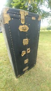 Belger Wardrobe And Bag Co Travel Costume Ship Trunk In Nice Solid Original Cond