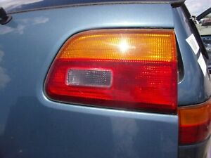 1998 2000 Toyota Sienna Right Side Inner Tail Light Great Condition Oem