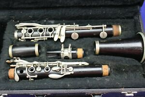 Bundy Clarinet with Case Bb Student Woodwind