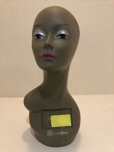 Realistic Mannequin Head For Wigs jewelry hats e mp021