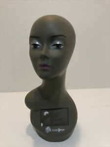 Realistic Mannequin Head For Wigs jewelry hats e mp029