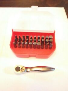 Matco Tools Silver Eagle 1 4 Hex Bit Driver With 30 Piece Bit Set