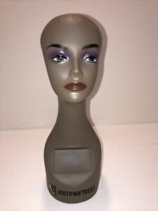 Realistic Mannequin Head For Wigs jewelry hats e mp069