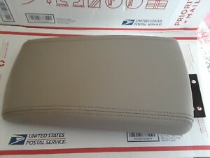 2006 2016 Chevrolet Impala Gray Center Console Armrest Console Cover Lid Pad