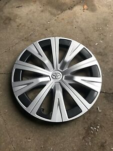 Toyota Camry L 2018 2019 2020 Hubcap Wheel Cover 4260206140