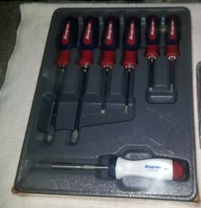 Snap On 6 Piece Screwdriver Racheting Screwdriver Set Red White Blue New