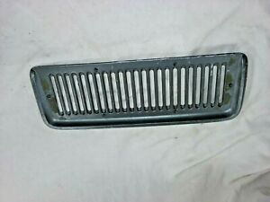 1967 1972 Jeepster Commando Cowl Vent Plate 974101 Painted Diecast Nra501