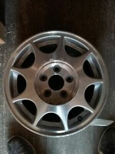 Wheel 16x6 1 2 9 Slot Brushed Opt Nw0 Fits 97 00 Regal 65316