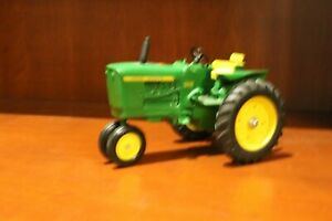 John Deere 2010 1 16 Custom Cast Tractor With 3 Point Hitch
