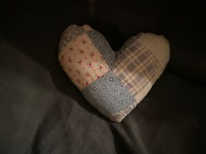 Primitive Heart Pillow Quilt White Blue With Red Flowers X