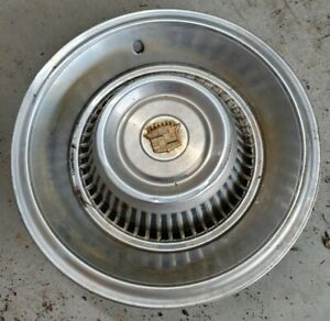 Used 1963 1964 Cadillac 15 Hubcap s
