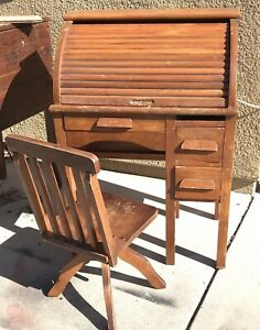 Vintage Antique Children Rolltop Desk And Swivel Adjustable Height Chair