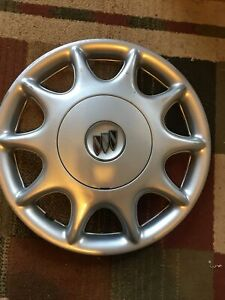 Buick Century Hubcap 15 Bolt On Factory O E M 1997 2003 98 99 2000 01 02 03