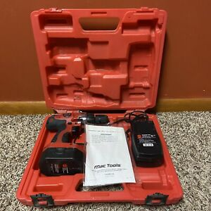 Mac Tools Cordless 3 8 Drive 12v Drill driver Kit Drill Accessories untested